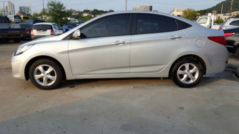 Hyundai Accent model 2014