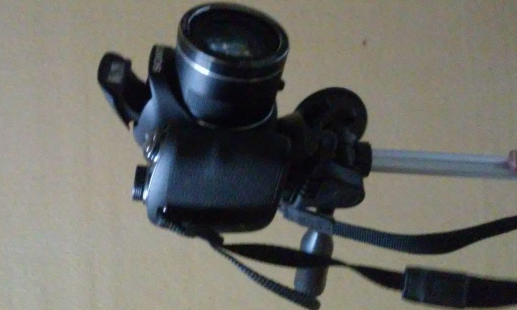 Camera Sony 20.1 megapixels