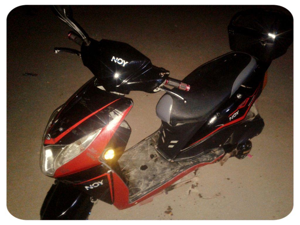 Moto NOY