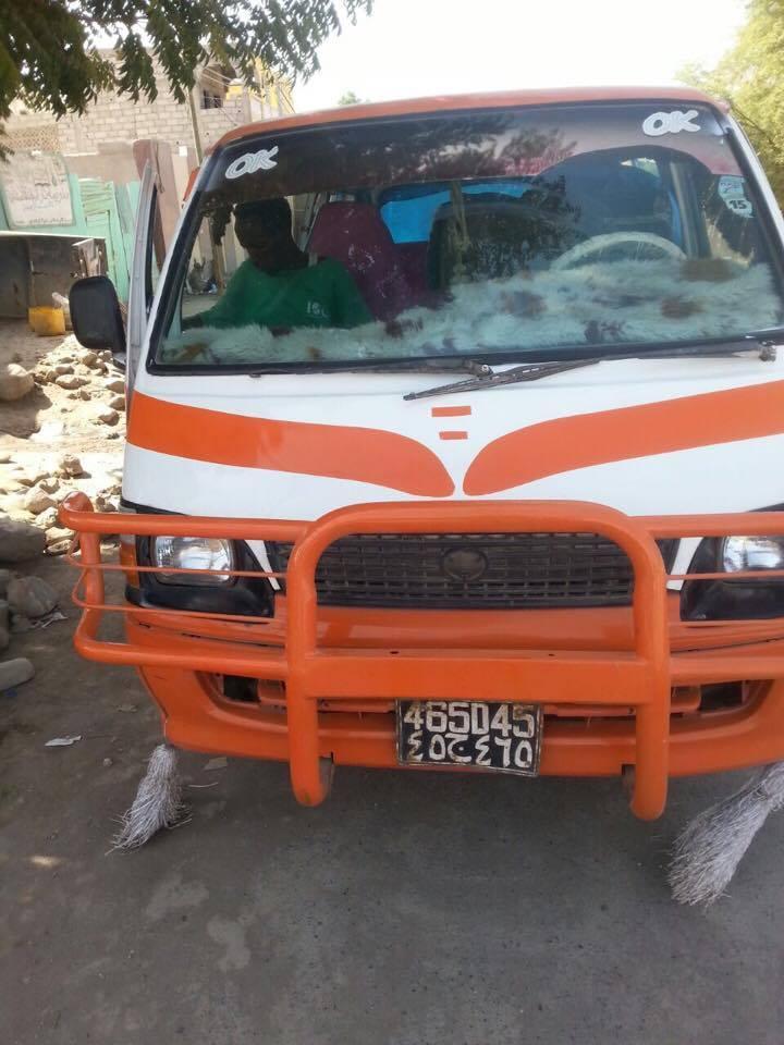 Mini bus Toyota Hilux
