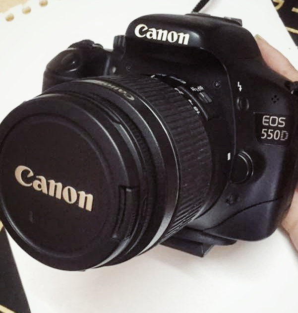 camera canon 550d ,with sensor 18_55mm