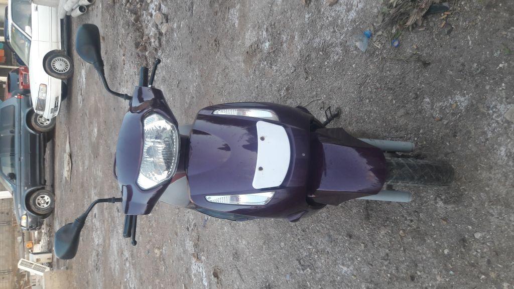 Moto Mahindra bordo neuve