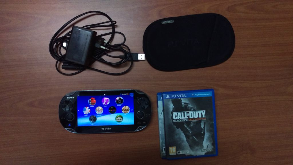 PS vita + jeux