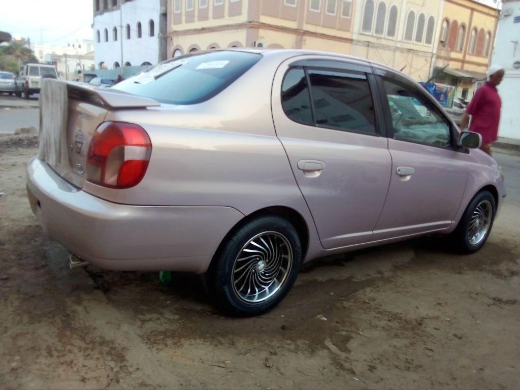 Toyota Platz ECO
