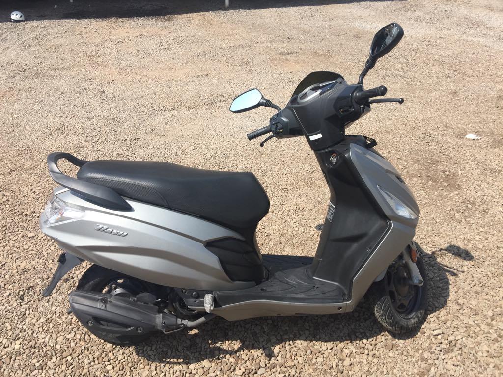 Scooter Hero Dash 125 cc