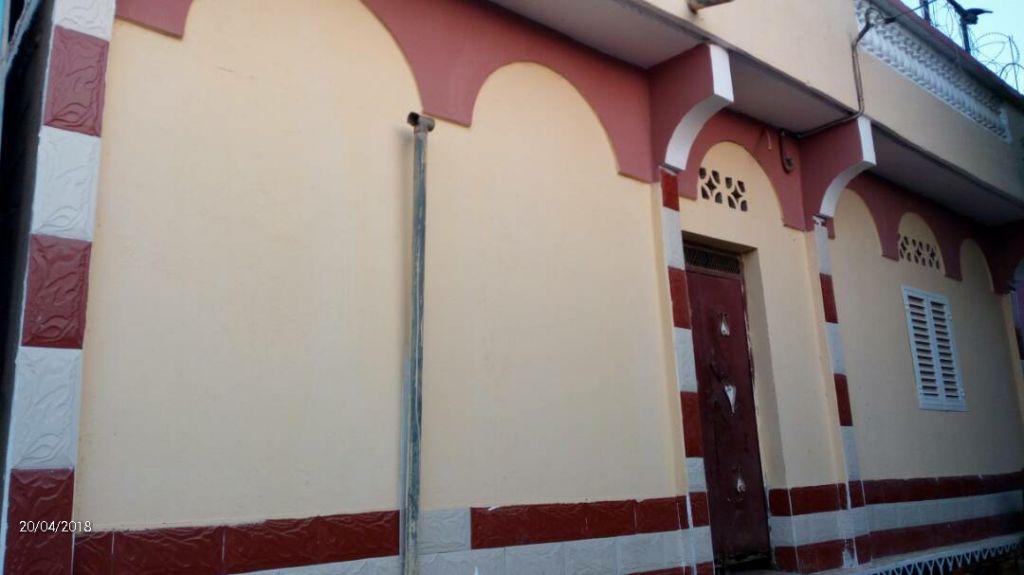 Maison F4 à louer Cheikh Moussa