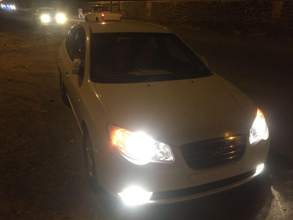Hyundai avante annee 2007 couleur blanc