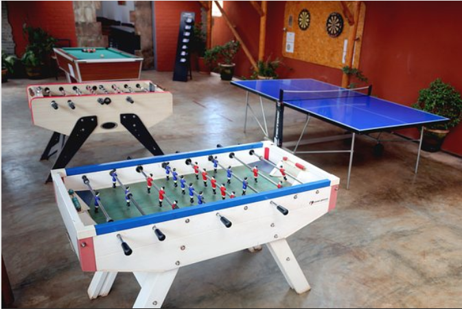 Recherche de baby-foot et ping-pong (Tennis de table)