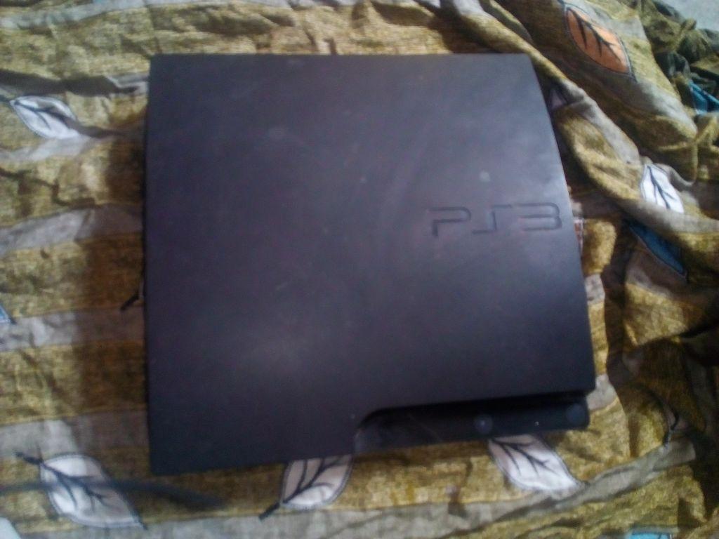 vente d'une PlayStation 3 avec 10 cd