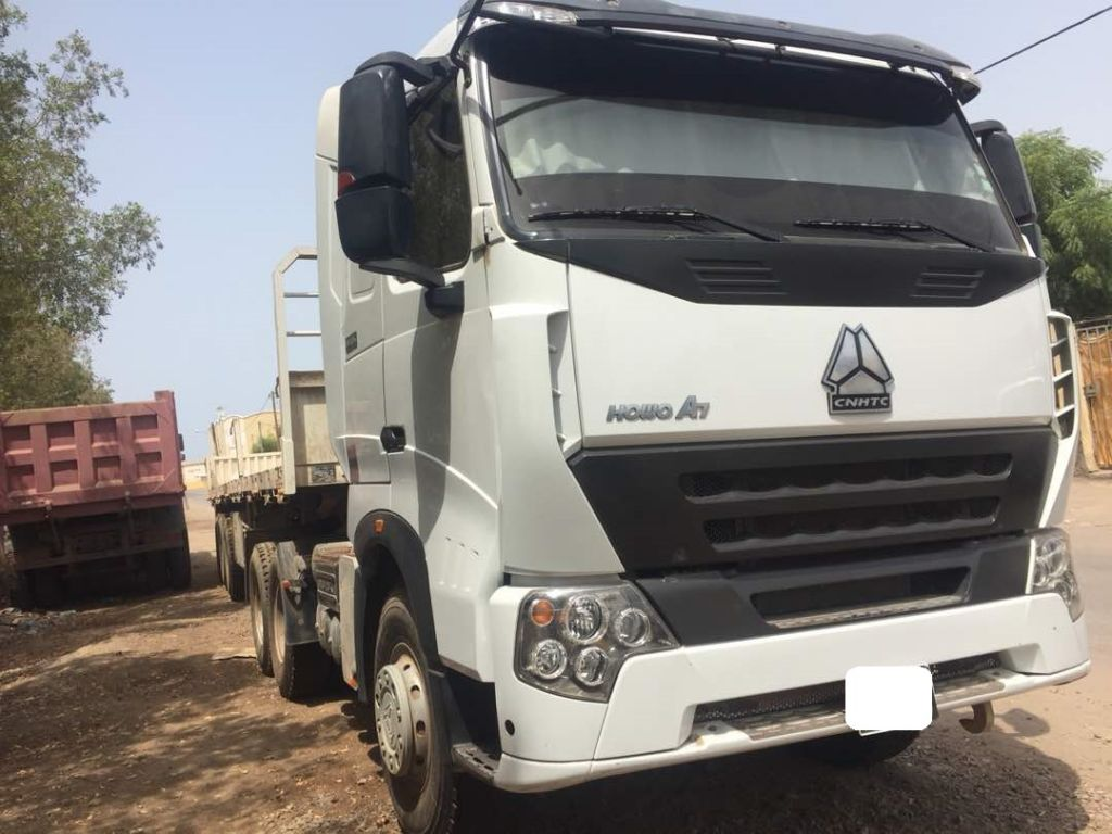 Camion Howo A7