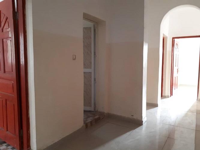 Location appartement F4 au 1er étage