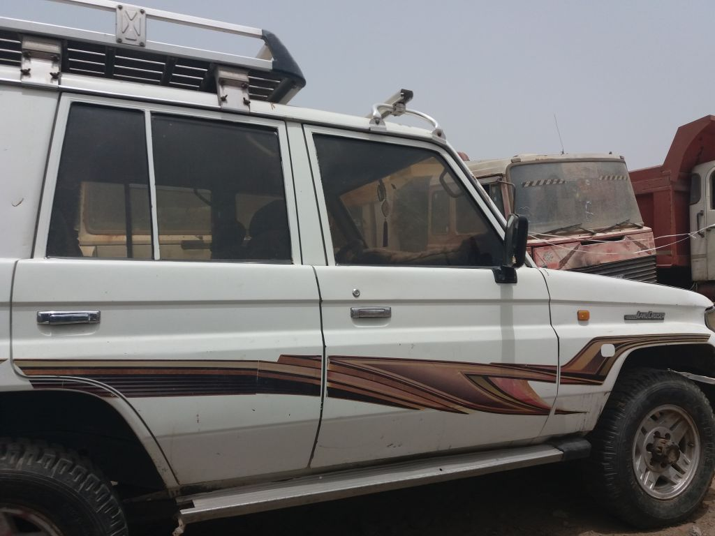 Voiture land cruiser 2 a vendre