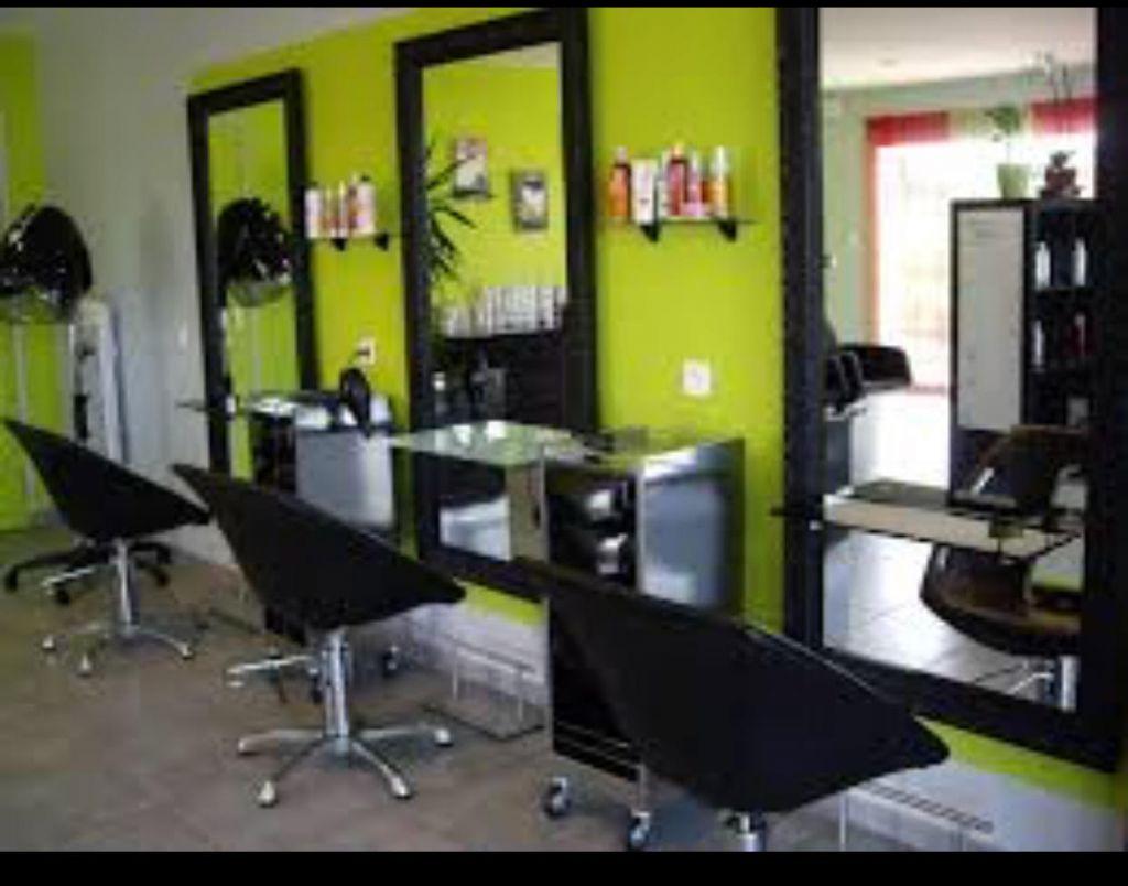 Mobilier coiffure pas cher: équipez votre salon a prix reduit