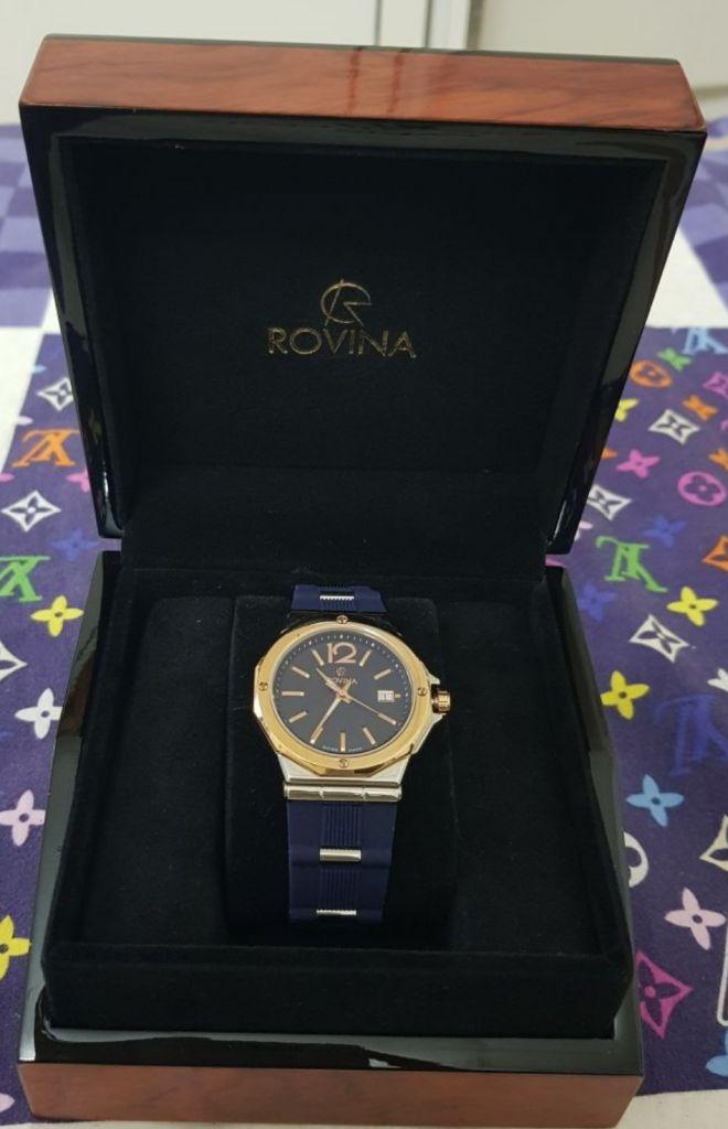 original montre Rovina