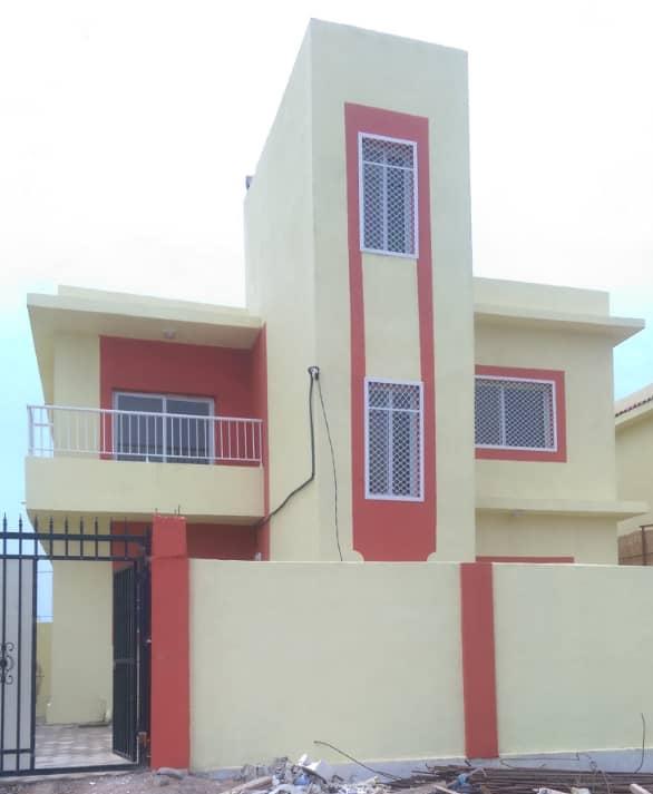 Villa Duplex à louer - Cité Rawabi Pk12