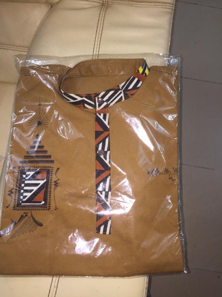 Chemises hommes en pagne africain disponible à Djibouti