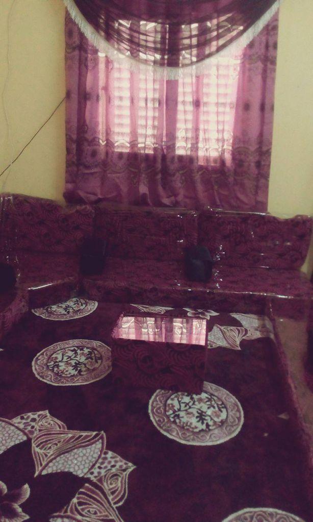 salon ( qaaci en 2 étage) + tapis + rideaux