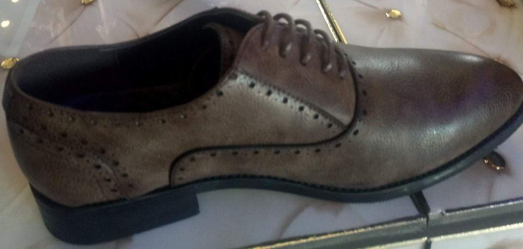 Chaussure classique turc