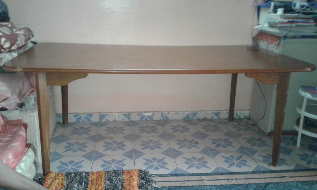 Grande Table 2 mètres très bon état