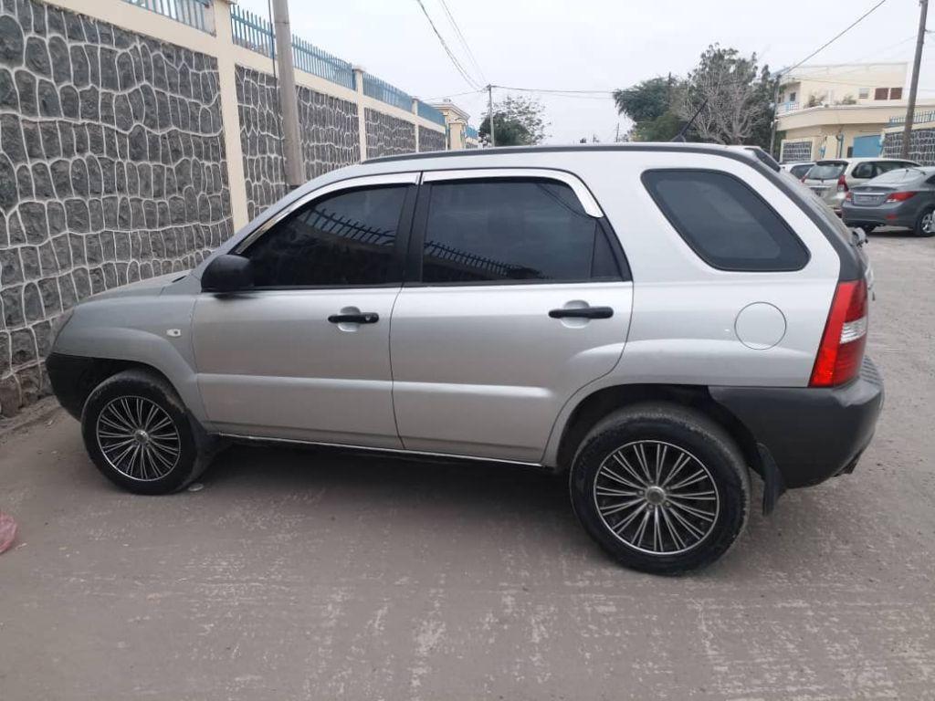 vente d'une voiture de KIA sportage