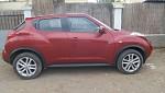 Nissan Juke rouge