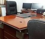 A Vendre bureau et fauteuil