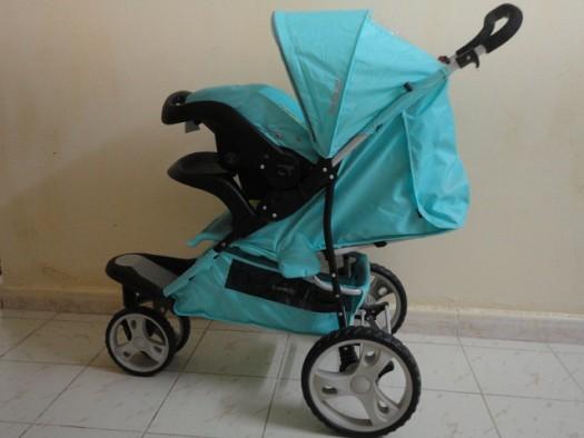 vends poussette bebe bambi siege auto djibouti. Black Bedroom Furniture Sets. Home Design Ideas