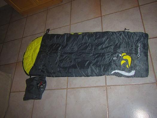 sac de couchage enfant quechua djibouti. Black Bedroom Furniture Sets. Home Design Ideas
