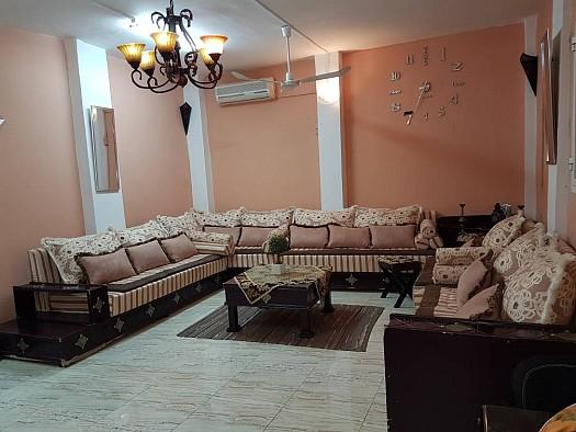 Salon marocain en bois massif à Djibouti