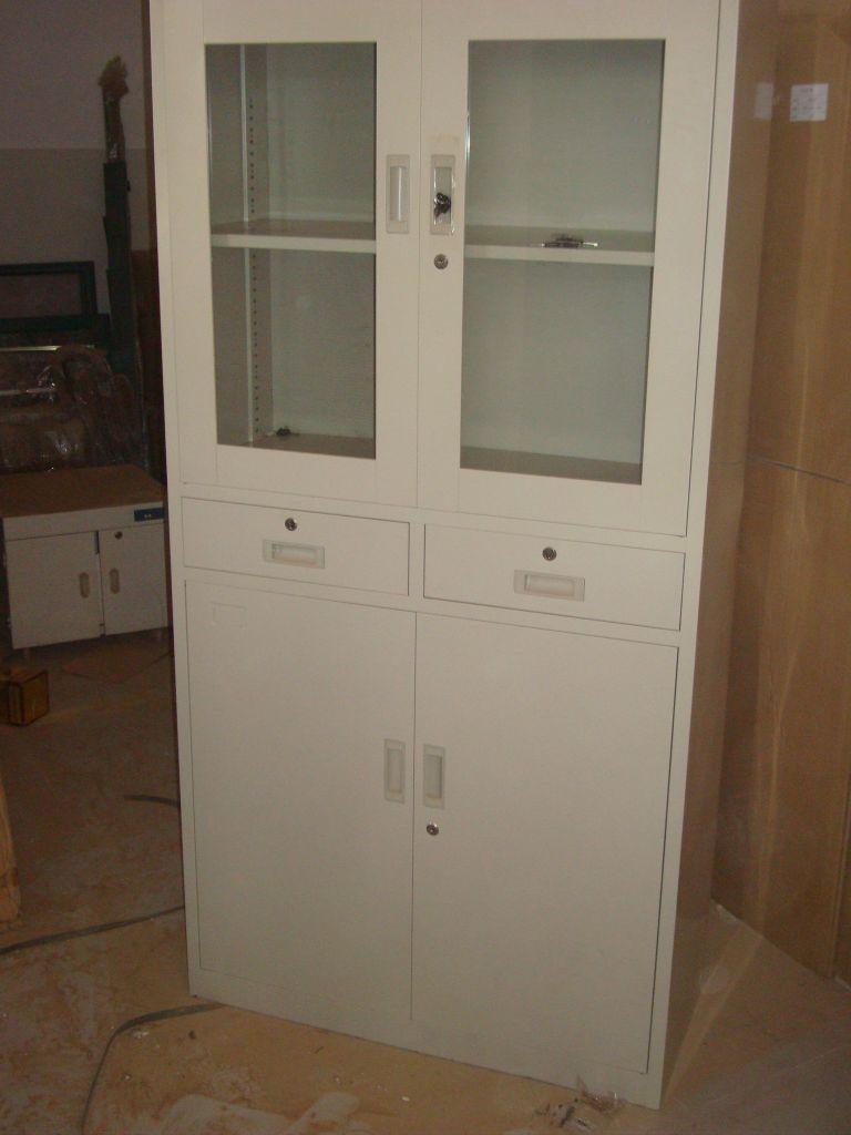 armoire en aluminium dans le carton djibouti. Black Bedroom Furniture Sets. Home Design Ideas