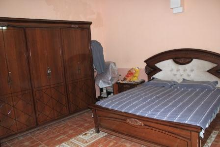 chambre coucher complete djibouti. Black Bedroom Furniture Sets. Home Design Ideas
