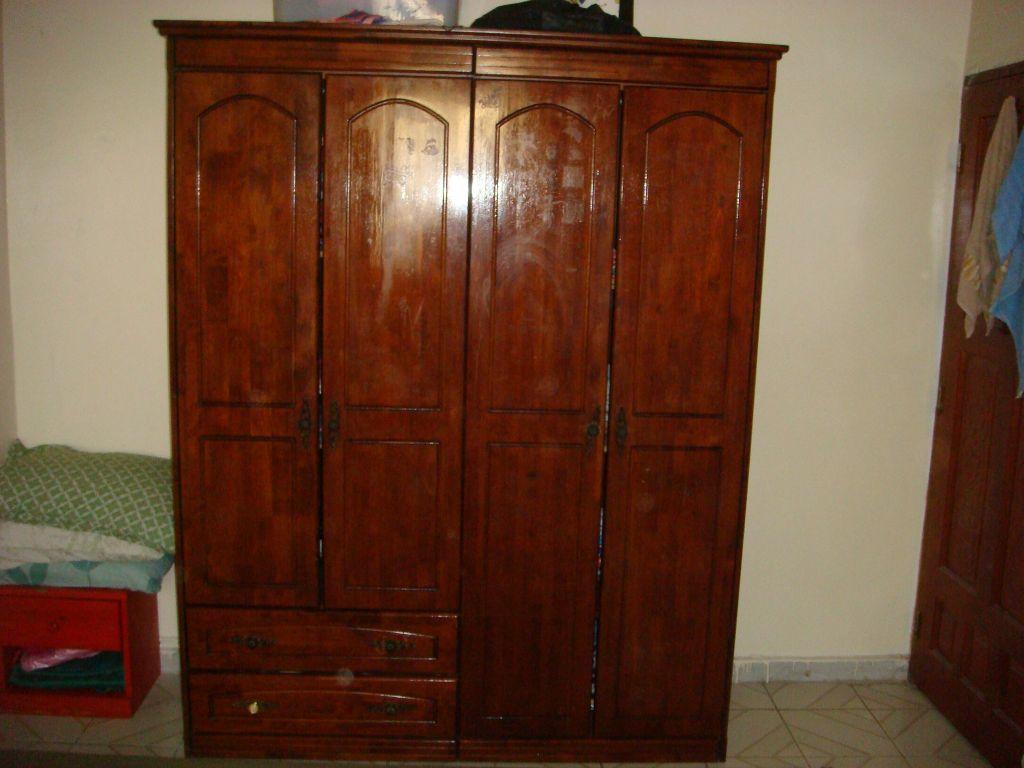 Armoire En Bois But : vendre grande armoire en bois en bonne ?tat.