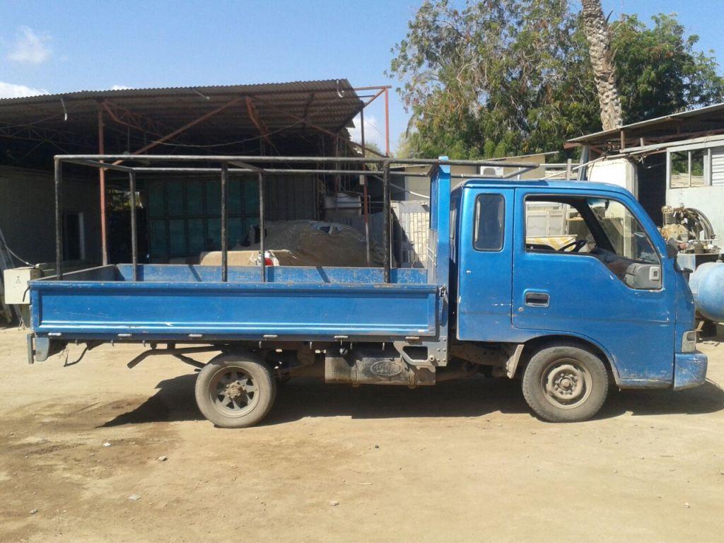 camionette kia bongo model 2000 djibouti. Black Bedroom Furniture Sets. Home Design Ideas