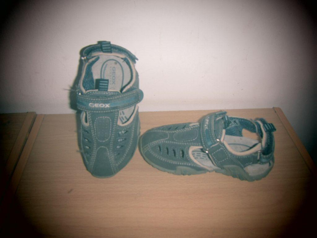 sandales gar on geox proche du neuf. Black Bedroom Furniture Sets. Home Design Ideas