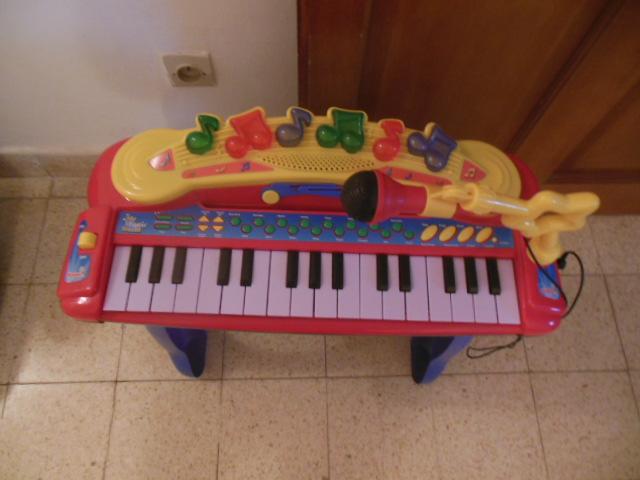 piano jouet enfant. Black Bedroom Furniture Sets. Home Design Ideas