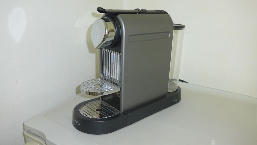 Machine caf nespresso djibouti - Machine a cafe design ...