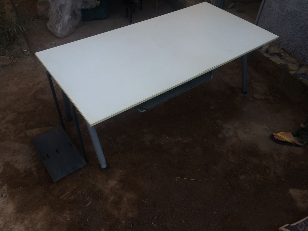 Deux table rehaussable djibouti - Table rehaussable but ...