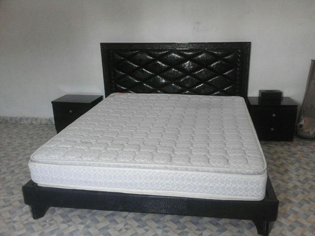 chambre a coucher 2016 2 solutions pour la d coration int rieure de votre maison. Black Bedroom Furniture Sets. Home Design Ideas