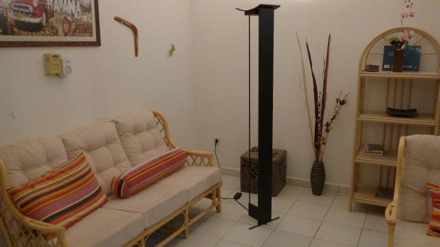 tr s belle lampe halog ne design djibouti. Black Bedroom Furniture Sets. Home Design Ideas