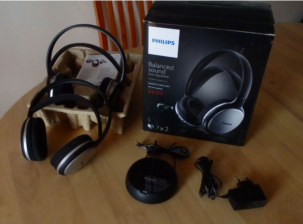 2 casques audio philips sans fil djibouti. Black Bedroom Furniture Sets. Home Design Ideas