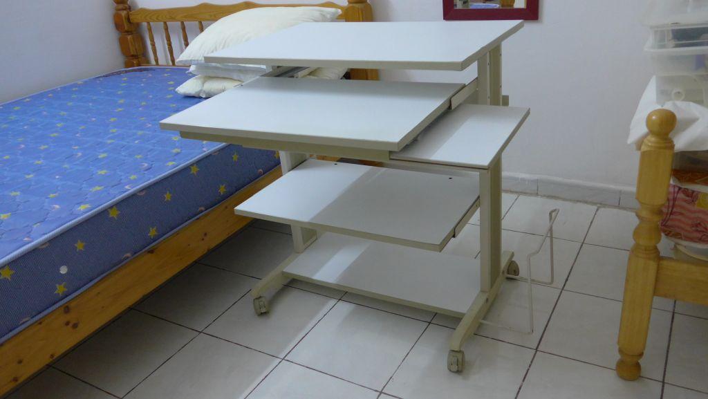 meuble t l ou meuble informatique djibouti. Black Bedroom Furniture Sets. Home Design Ideas