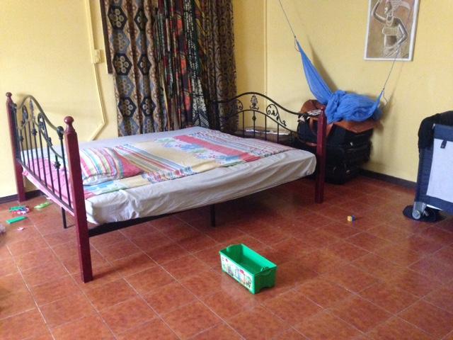 lit double 180x200 djibouti. Black Bedroom Furniture Sets. Home Design Ideas