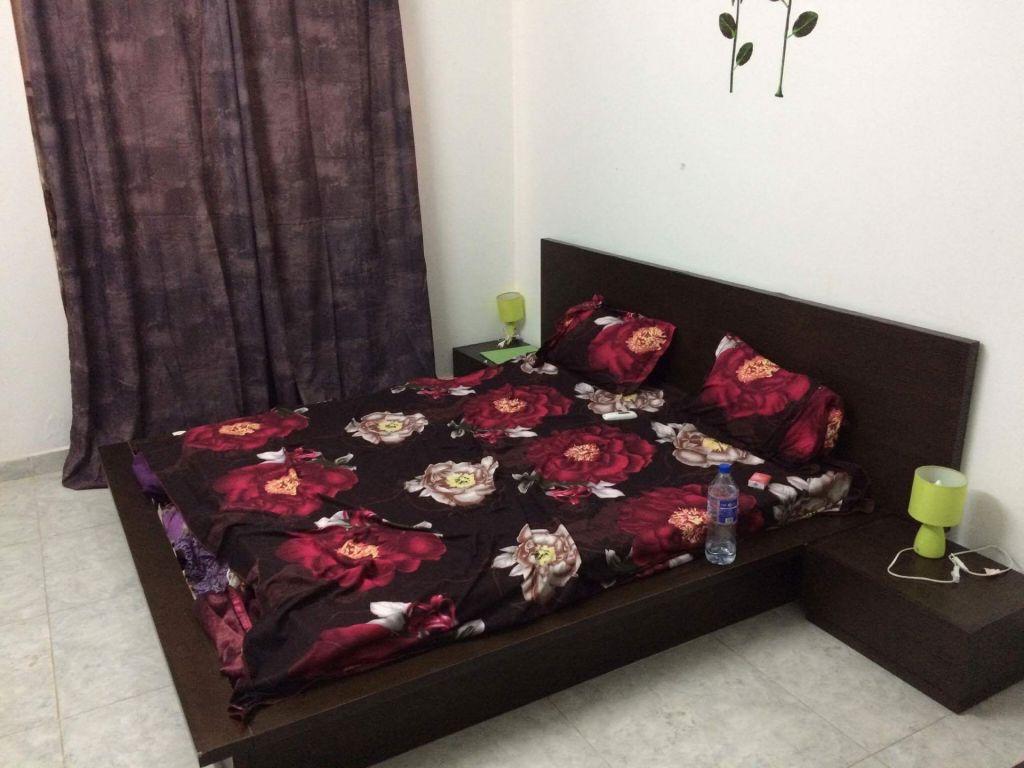 chambre coucher djibouti. Black Bedroom Furniture Sets. Home Design Ideas