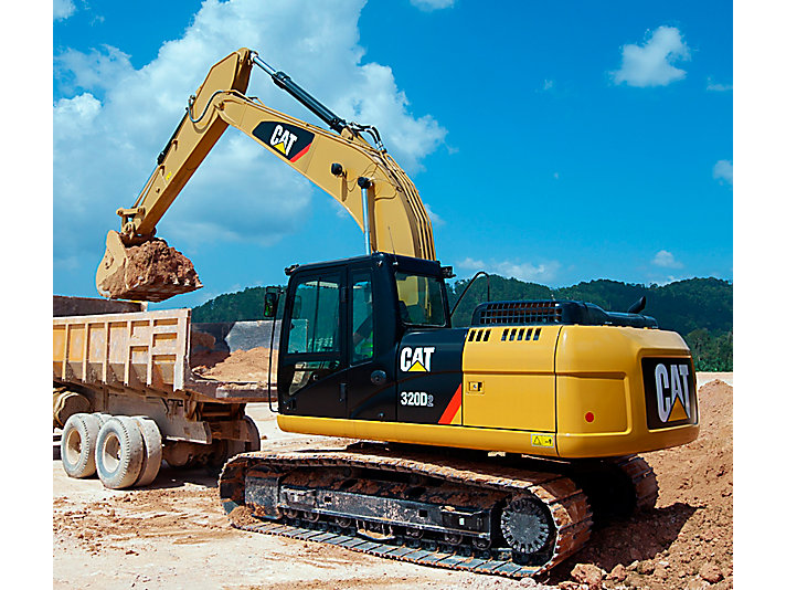 EXCAVATEUR CAT 320D?MODEL 2010