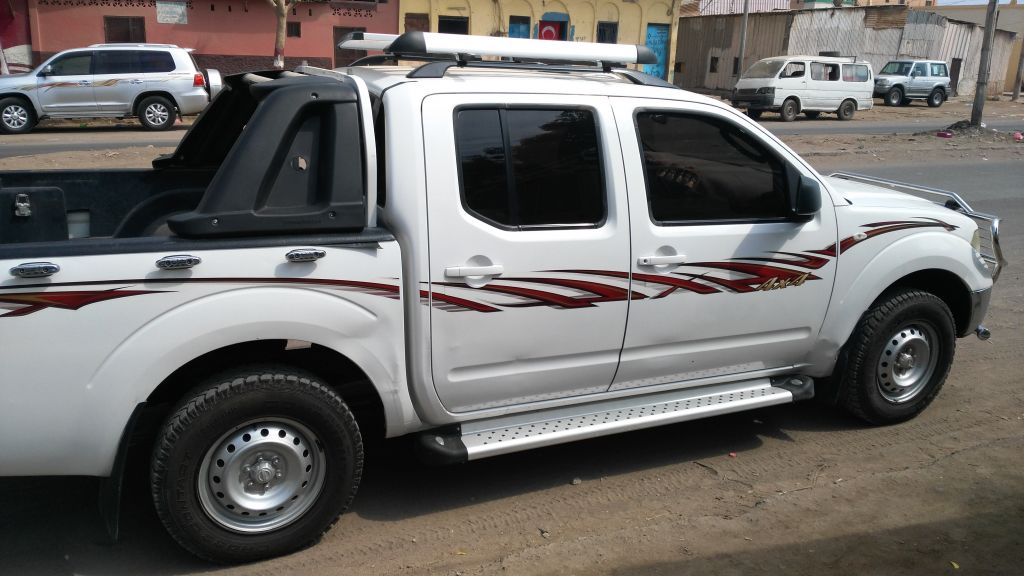 Vehicule NISSAN NAVARA