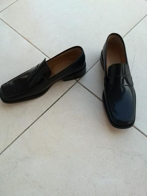 Chaussures homme tout en cuir T.39
