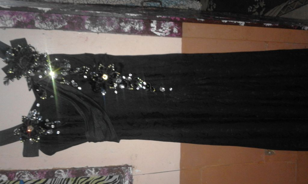 Robe noir Crystal soirée