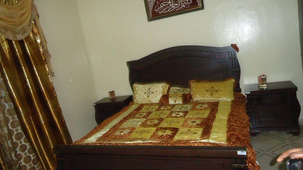 Ma chambre a coucher photos de conception de maison - Chambre a coucher rouge et beige ...
