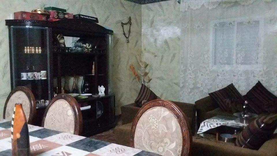 Living avec une salle manger en bon tat djibouti for Living salle a manger