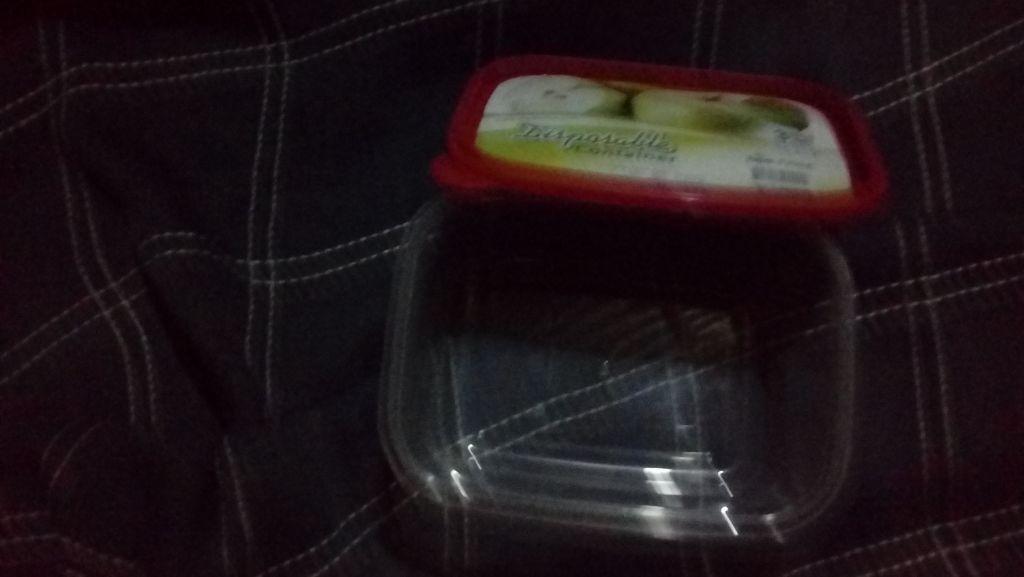 Bols pour les nourritures emporté (petit déjeuner du matin au travail)